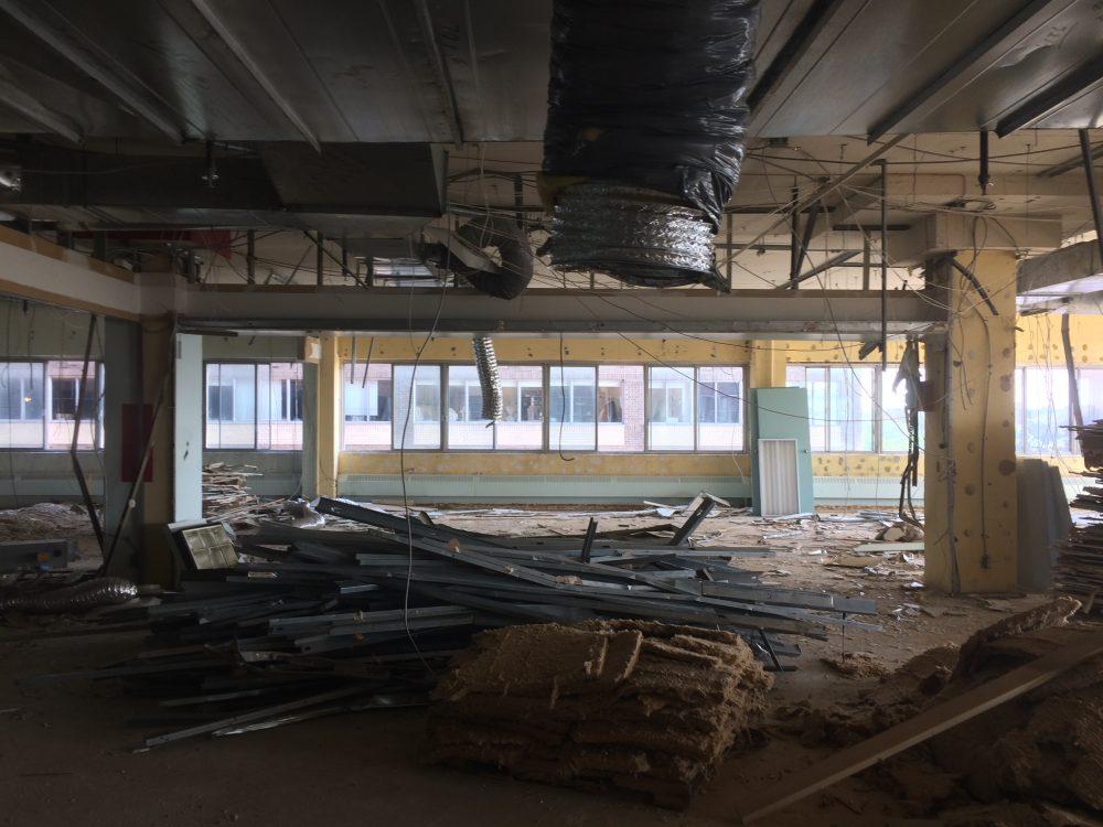 En cours —  Rénovation d'espaces bureaux d'une superficie de 15 000 p.c.